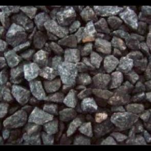 Sort Oslo granitskærver 16/32.  1 ton i Storsæk. - LEVERING JYLLAND/FYN